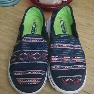 Skechers Go Walk size 8